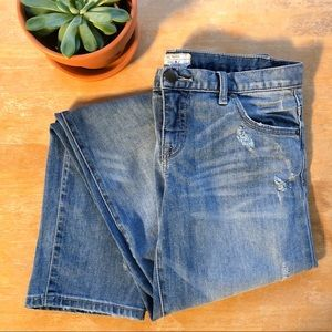 Free People Distressed Boyfriend Jeans Size 27